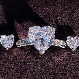 Set bijuterii inel si cercei din argint 925, piatra zirconiu, forma inima